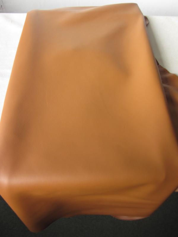 Peau de vache cuir semi-aniline cognac