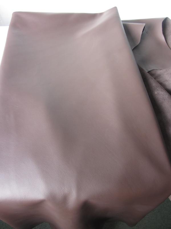 Peau de vache cuir semi-aniline marron