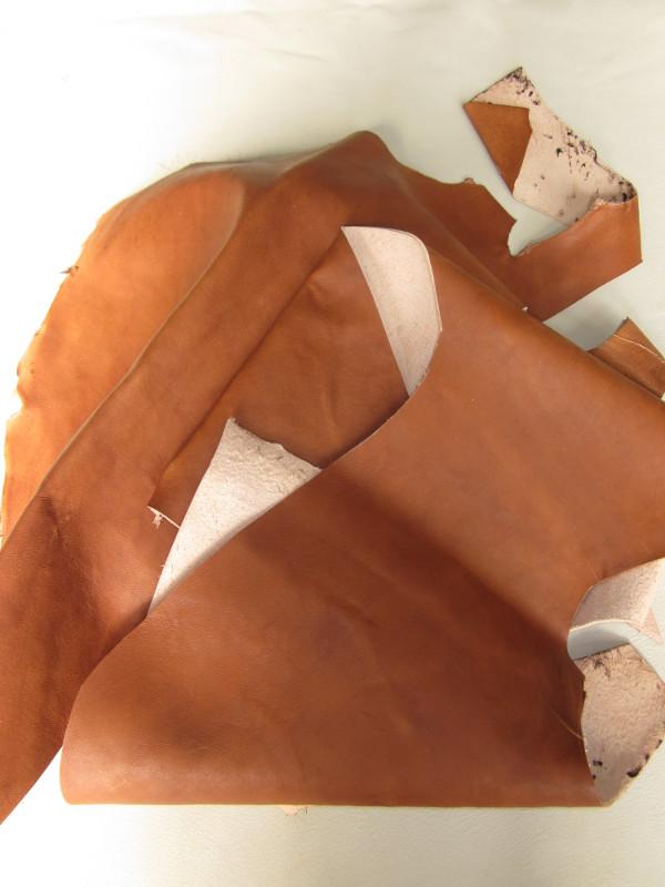 Chutes de cuir mouton cognac