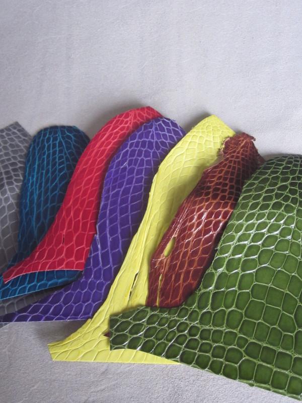 Chutes de cuir de croco coloris divers