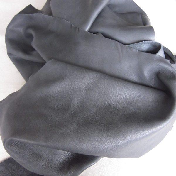 Chute de cuir épais et souple gris Orage.