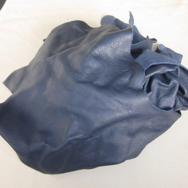 Chute de cuir pleine fleur bleu marine