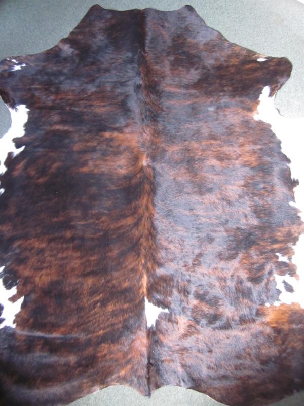 Peau de vache cuir à poils marron