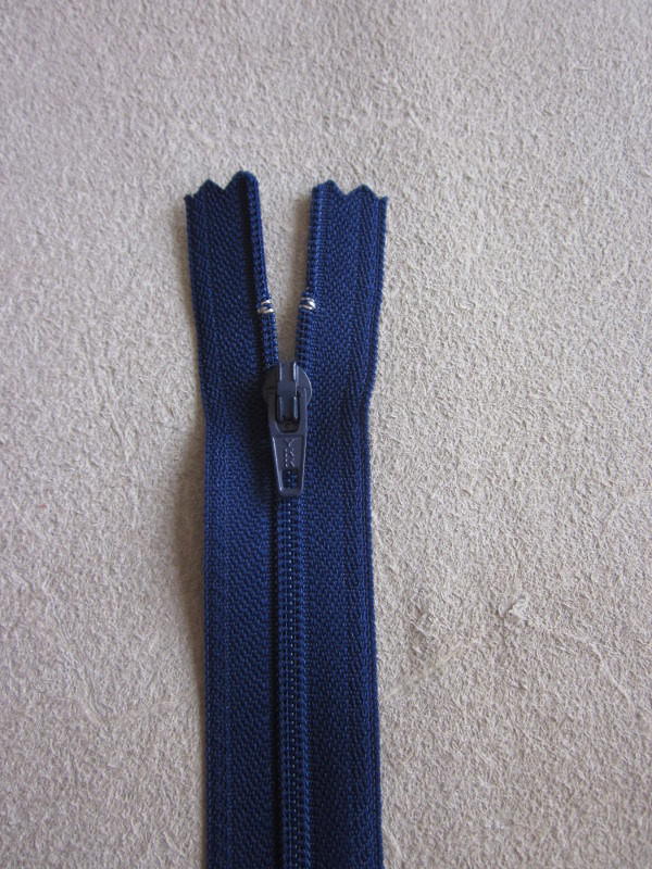 Fermeture éclair nylon bleu marine